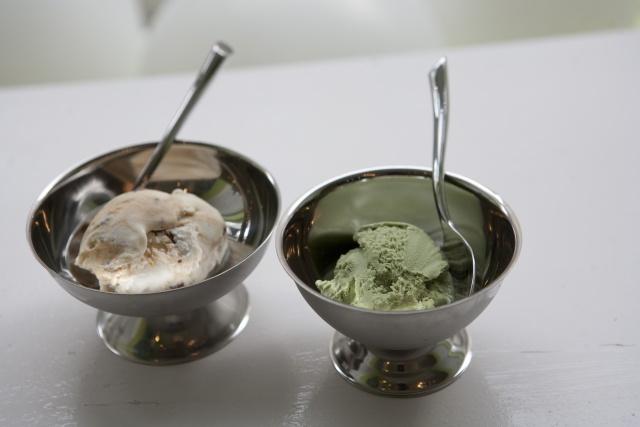 Мороженое в вазочке времен СССР